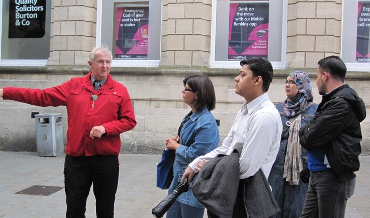 Brian Taylor gives a tour of Lincoln's history